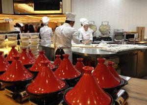 Večjim restavracijam se verjetno prej pokrije nakup, kot najem gostinske opreme, ni pa nujno tako že ob pričetku poslovanja